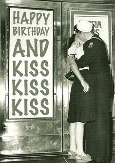 kaart happy birthday and kiss kiss kiss