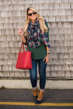 Outfit | Christmas Plaid in Ogunquit Maine