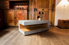 BETONEN » Handgefertigte Betonmöbel » Angulus