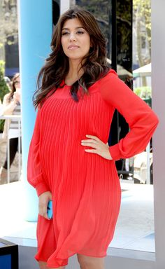 Kourtney Kardashian wears her pregnancy well!