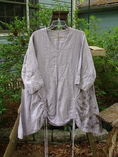 Barclay Linen Pull Up Thostle Dress Clover Field Lavender Size 1 - BlueFishFinder