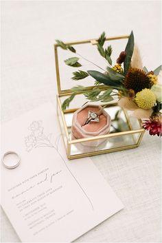 pink velvet ring box Glamorous Wedding, Chic Wedding, Elegant Wedding, Fall Wedding, Wedding Styles, Flower Line Drawings, French Wedding Style, Velvet Ring Box, South Of France
