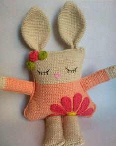 Crochet Baby Toys, Crochet Diy, Crochet Bear, Easter Bunny Crochet Pattern, Crochet Rabbit, Unicorn Doll, Crochet Cushions, Crochet Handbags, Amigurumi Patterns