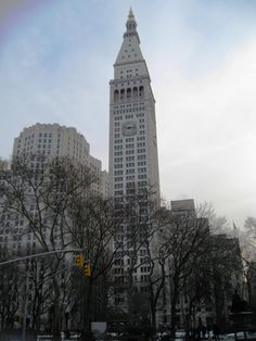 Metropolitan Life Insurance Company Tower (1909). New York City, USA||