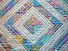 Diamond Baby Quilt or my love of half-square triangles continues. - QUILTING - So I finished another baby quilt last week, but had to jump on a plane and didn't have a chance to post. Baby Quilt Patterns, Craft Patterns, Baby Patchwork Quilt, Baby Quilts, Quilting Projects, Quilting Designs, Quilting Ideas, Quilt Design, Half Square Triangles