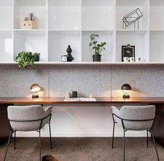 Home office inspo from Oh how I wish our workspace was as stylish and organised as this, and that somehow a year's… Home Office Setup, Office Lounge, Office Nook, Study Office, Home Office Furniture, Office Inspo, Office Style, Office Ideas, Desk Nook