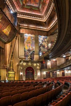 """frenchcurious: """"The Beacon Theater, NYC - source Art Deco. """" Some of the most beautiful interior architecture in the world still exists in performing arts venues - wonderful example. New York Landmarks, Beacon Theater, New York Tours, New York School, Best Places To Travel, Concert Hall, New York City, Art Deco, Interior Design"""