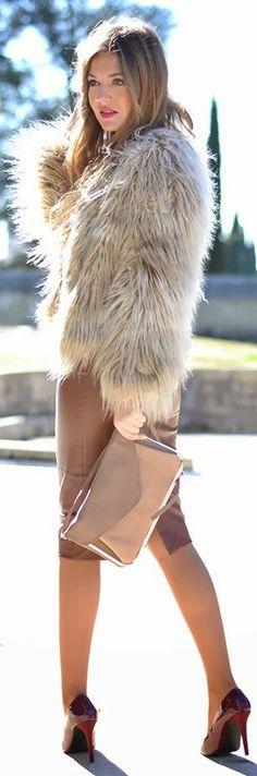 Fur Coat by Mi Aventura Con La Moda