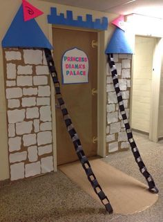 Billedresultat for castle decor for vbs Castle Classroom, Classroom Decor, Classroom Clock, Classroom Walls, School Classroom, Castle Doors, Fairy Tale Theme, Fairy Tales, Medieval Party