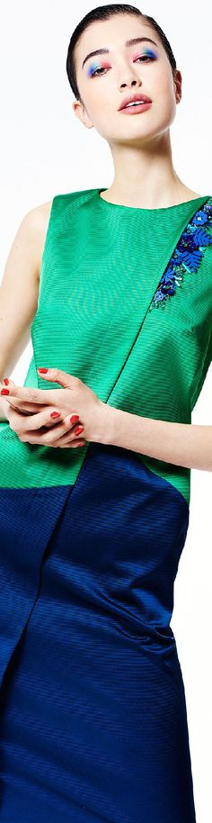 ~Blue & Green World~ Green Fashion, Colorful Fashion, Azul Real, Business Chic, Blouse And Skirt, Couture, Color Azul, Navy And Green, Zac Posen