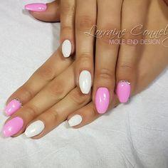 Pink and glitter white #thegelbottle #nailpro @scratchmagazine #gelpolish #nails #nailsoftheday #nailart #showscratch #scratchmagazine #notd #nailsofinsta #naildesign #naildesigns #shaftesburynails #dorsetnails #gillinghamnails