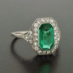 A Brandt and Son – Art Deco Platinum Emerald & Diamond Ring | Linked Gemstones