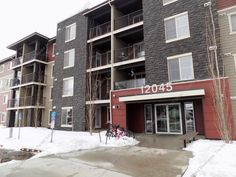 ***TOP FLOOR UNIT, 2 BED, 1 BATH W/ UNDERGROUND PARKING IN THE COMMUNITY OF RUTHERFORD***  rentaladvisors.ca...