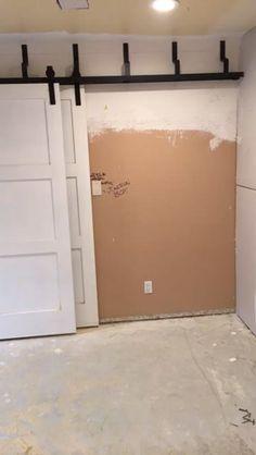 Installing a 2 rail barn door https://video.buffer.com/v/5a5944c5f95736f74a5b4f9d