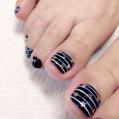 nailbook toenails