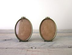 Vintage Brass Oval Frames Set of Two by 22BayRoad on Etsy, $14.50