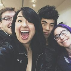 Keith Habersberger // Ashly Perez // Eugene Lee Yang // Gaby Dunn // Buzzfeed Buzzfeed Try Guys, Buzzfeed Video, British Youtubers, Best Youtubers, Eugene Lee Yang, Attractive People, Creating A Blog, Beautiful Smile, Phan