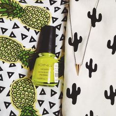 Combo of the prints and neon color
