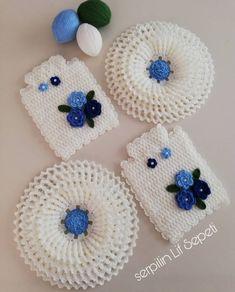 Basic Crochet Stitches, Felt Crafts, Crochet Flowers, Ravelry, Elsa, Crochet Hats, Kids, Antalya, Modern