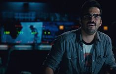 Share http://www.thevideographyblog.com/share/jurassic-world-dinosaurs/?share_image=http%3A%2F%2Fd3l9bzfuzkm13y.cloudfront.net%2Fwp-content%2Fuploads%2F2015%2F07%2FJurassic-World-by-Universal-Studios-31-0.jpg Jurassic World by Universal Studios Courtesy of Universal Studios  2015 Universal Studios All Rights Reserved