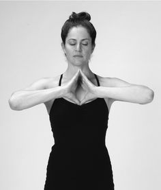 3 Simple Energy Medicine Yoga Exercises That Can Help You Ease Anxiety, Instantly