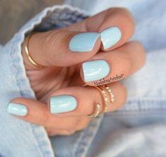 Afbeelding via We Heart It https://weheartit.com/entry/157059604/via/7244401 #blue #fashion #girl #nailpolish #nails #outfit #ring #style