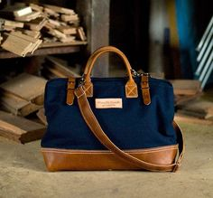 Deluxe Carpenters Bag by Wood & Faulk - Now at HELM Boots