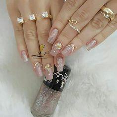 Gem Nails, Diva Nails, Nude Nails, Manicure And Pedicure, Romantic Nails, Elegant Nails, Stylish Nails, Acrylic Nail Designs, Nail Art Designs