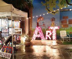 Late night at the Frenchmen Art Market amidst a bit of rain  #artmarket #neworleans #nola #art #market #outdoormarket #outdoor #frenchmenstreet #louisiana #travelling #travel #tourists #instatravel #emk #eastmeetskitchen #artist #paintings #jewelry #creative #night #nightmarket