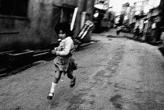 """No mundo da fotografia, o """"Snapshot"""" tem muita má reputação, no entanto Daido gosta desse estilo de fotografia."""