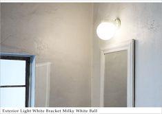 シンプルでレトロなデザインの照明。屋外でもお使いいただけます。 #エクステリア#照明 #ブラケットライト