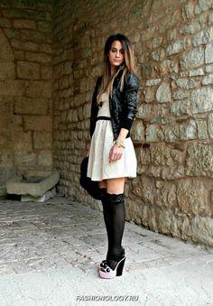 kak-i-s-chem-modno-nosit-getry-i-noski-stil-na-foto (4)