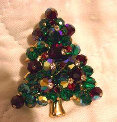 Vintage crystal glass bead Christmas tree brooch