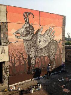Une sélection des créations du talentueux street artist Alexis Diaz, originaire de Porto Rico. Avec une technique minutieuse de gravure ancienne, Alexis Diaz