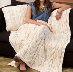 Knitted Chunky Cable Blanket Free Pattern