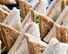 Farandole de sandwichs légers pour buffet froid : http://www.fourchette-et-bikini.fr/recettes/recettes-minceur/farandole-de-sandwichs-legers-pour-buffet-froid.html