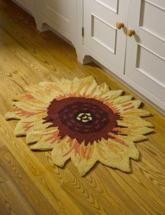 Bring a cheerful flower garden to your entryway, kitchen or bath with our sunflower accent rug that features a non-slip backing and is machine washable. Sunflower Themed Kitchen, Sunflower Bathroom, Sunflower Room, Sunflower Kitchen Decor, Sunflower House, Sunflower Gifts, Sunflower Fields, Diy Home Decor, Room Decor