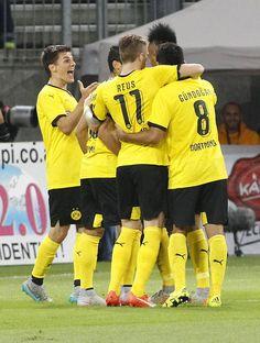 SCHICHT! Der BVB gewinnt die Partie beim Wolfsberger AC mit 1:0 (1:0).