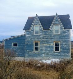 The Ghost Villages of Newfoundland A controversial government resettlement program left centuries-old fishing villages abandoned. Newfoundland Canada, Newfoundland And Labrador, Abandoned Buildings, Abandoned Places, Creepy Houses, East Coast Road Trip, Atlantic Canada, Fishing Villages, Haunted Places