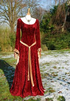 celtic medieval dresses   Medieval Gown Lotr Dress Celtic Pagan by vendettacouture on Etsy