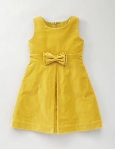 Different Stylish Frock Design Collection - Crazzy Crafts Frocks For Girls, Kids Frocks, Dresses Kids Girl, Kids Outfits, Baby Dresses, Dresses Dresses, Vintage Girls Dresses, Fashion Dresses, Frock Patterns