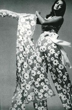 Veronica Hamel by Richard Avedon. Vogue US, November, 1969.