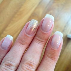 Easy & Chic ❤️ Gradient with GOLD CARAMEL + MILKY #minyswatches #miny #minycosmetics #swatches #model #nails #nailart #madeinitaly #italy #milan #newyork #fashion #ootd #unghie #smalto #nailpolish #varnis #ongles #manicure #mania #cosmetics #smalto #glam