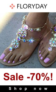 Golden Round Toe Flat Rhinestone Chain Fashion Sandals - Fashion Show - Trends Women's Shoes, Me Too Shoes, Shoe Boots, Golf Shoes, Dress Shoes, Dance Shoes, Sandals For Sale, Cute Sandals, Women's Sandals