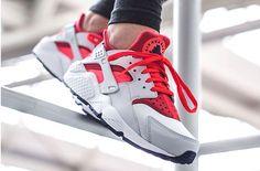 Ladies, Take A Look At This Bold Looking Nike Air Huarache Run