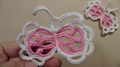 Как надёжно заправить хвостик нити в мотивах для ирландского кружева. Freeform Crochet, Irish Crochet, Crochet Lace, Tatting, Crochet Butterfly, Irish Lace, Crochet Videos, Floral Motif, Crochet Earrings