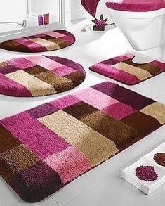 Pink and brown rug Tapetes Diy, Homemade Rugs, Pom Pom Rug, Tapis Design, Latch Hook Rugs, Brown Rug, Traditional Decor, Bathroom Rugs, Rug Hooking