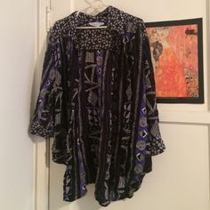 Funky top Artsy funky cool top. Button up or unbuttoned over a dress as a kimono / cardigan look. Plus size fits 2x, 3x unbuttoned Tops Button Down Shirts