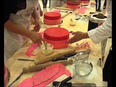 Tutorial Cake Design n°3: torta a pois e fiocchi