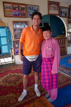 Frédéric Mathieu in Kampong Ayer water village, Bandar Seri Begawan | بندر سري بڬاوان Brunei-Muara (12/12/2008)